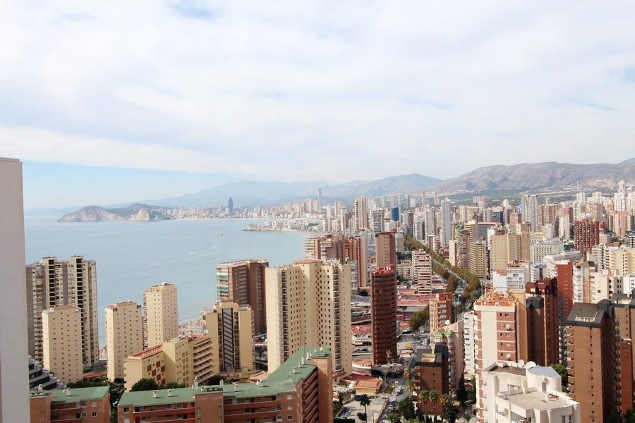 Apartment for sale in Benidorm for € 237,000 (BENI0006)