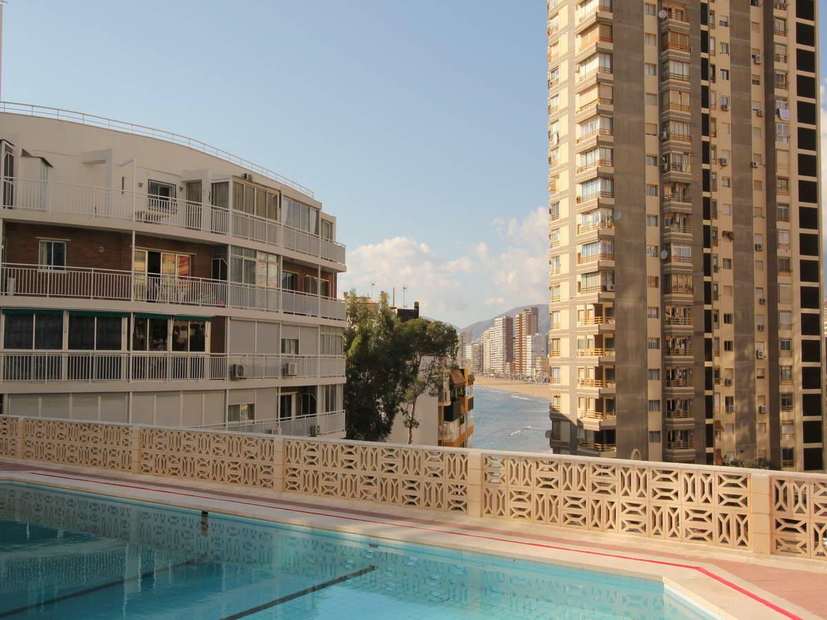 Apartment for sale in Benidorm for € 330,000
