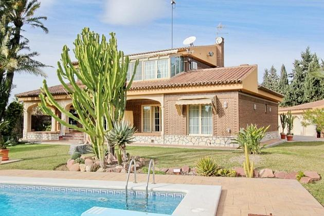 villa for sale in alicante