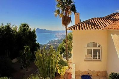 EXCLUSIVE Luxury villa with incredible Sea Views in Altea Hills